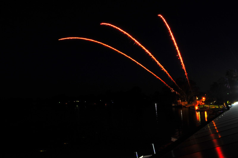 2016  Renmark Xmas Fire works (camera 2)