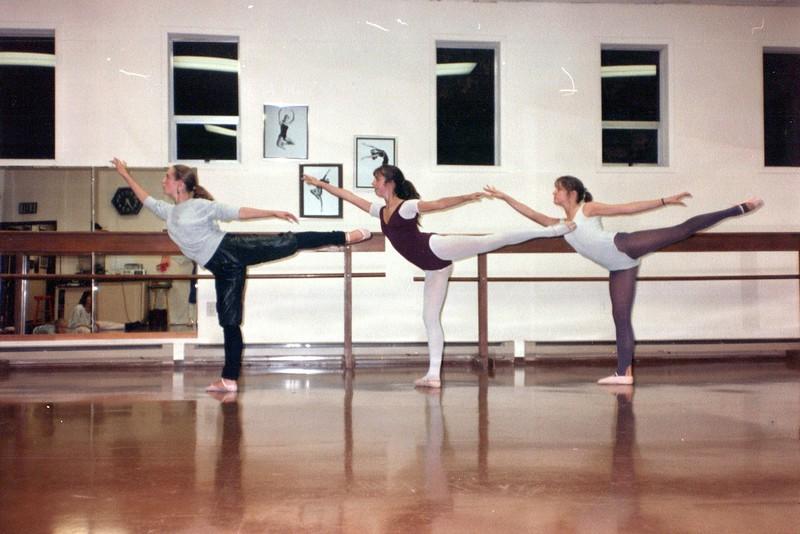 Dance_2692_a.jpg