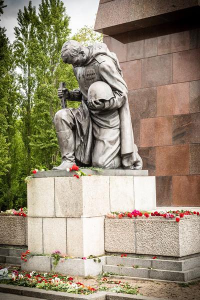 Soviet Memorial-9684.jpg