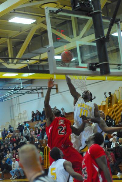 20090301_MCC Basketball_5556.JPG