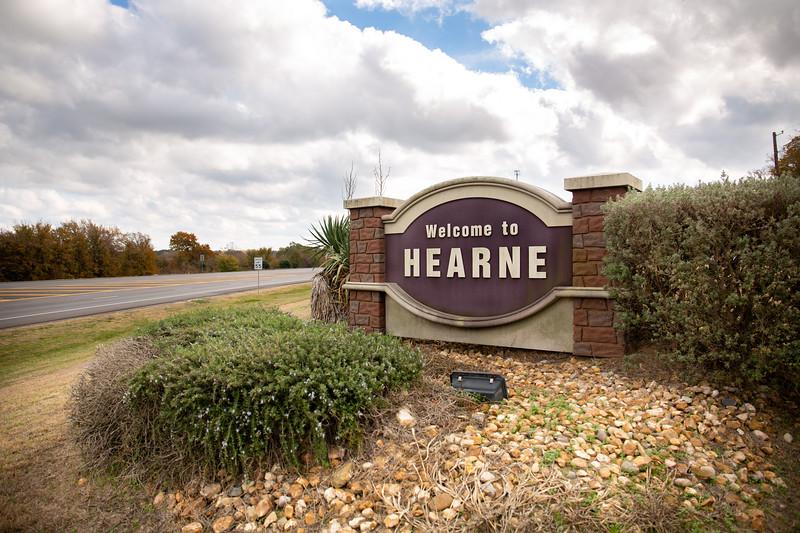 Hearne Sign_0002.jpg