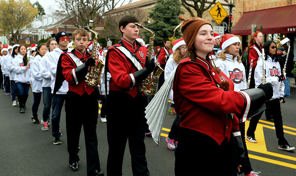 Ambler Holiday Parade includes marriage proposal