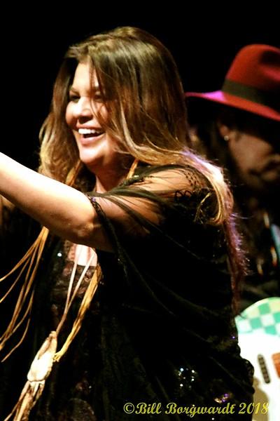 Crystal Shawanda at FP 184.jpg