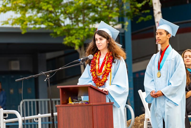Hillsdale Graduation 2019-10284.jpg