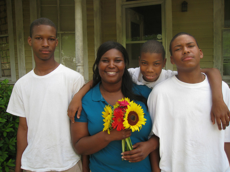 09 -05-03 Julia Tyner and her 3 sons.