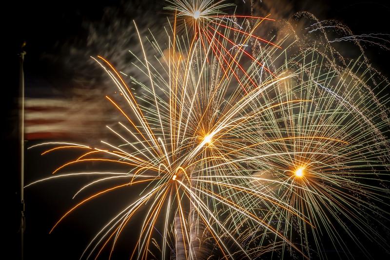Fireworks Oakley '19-7.jpg