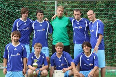 FUSSBALL 2011