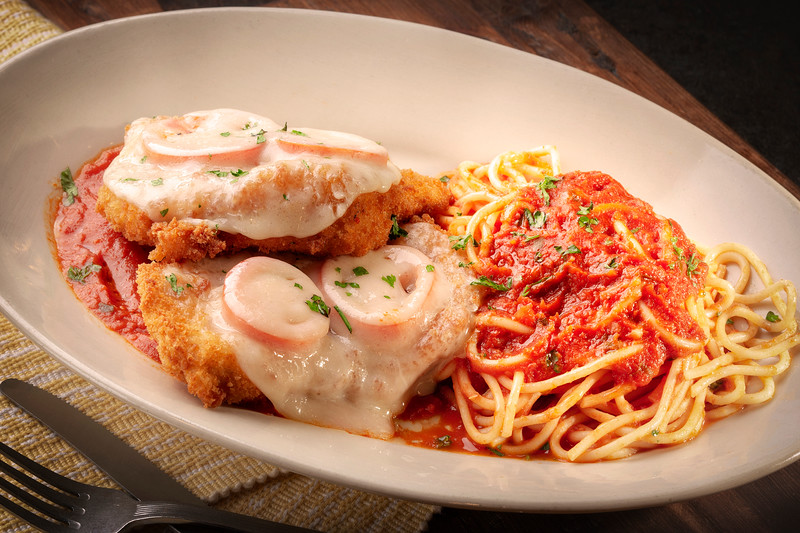 Chicken-Parmigiana_EAC1838-12x8.jpg