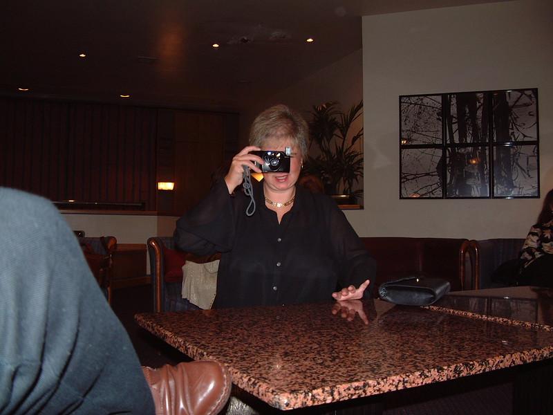 Elza, Holiday Inn 2001