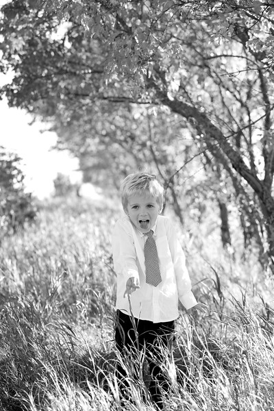24bw Jacob+Wyatt | Nicole Marie Photography.jpg
