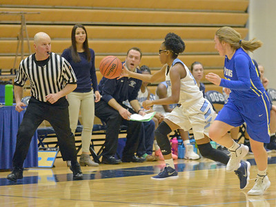 Lyons Township vs. Downers Grove South girls basketball
