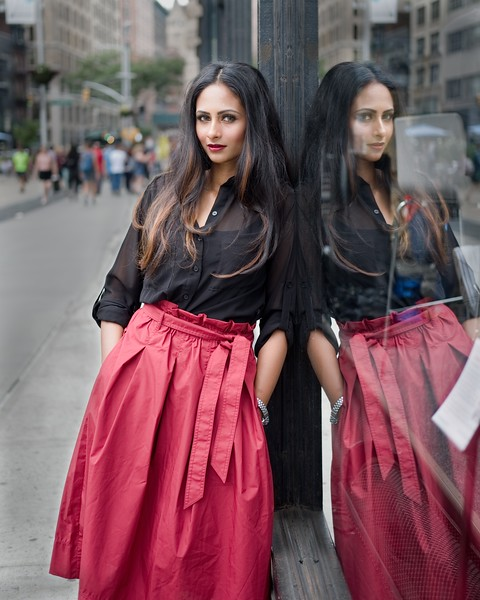 @nausheen_ahmed 5'4   Shirt S   Dress: 2   Shoes 8.5   Bust 32C   115 lbs Ethnicity: Indian Skills: Makeup Artist, Hairstylist, Stylist ,Sprinter, Former Miss India, Experienced Ballet Dancer for 10+ years