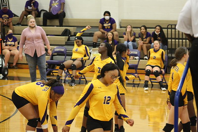 Center Lady Riders hosts Timpson in volleyball