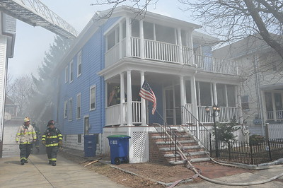 4/6/2015 - SOMERVILLE, MASS - WORKING FIRE 17 GORDON ST
