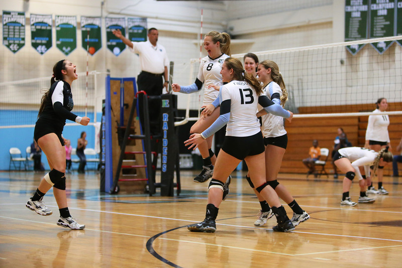 Ransom Everglades Volleyball Smoothie King 2013 8.jpg