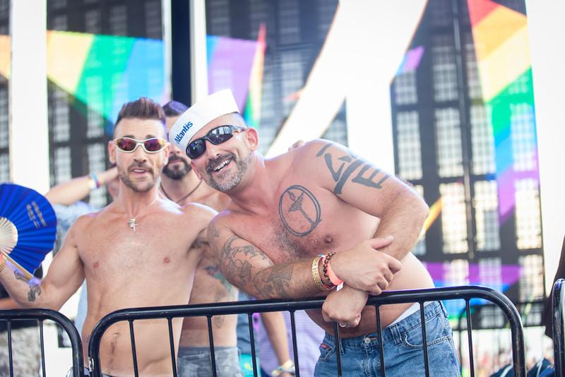 2013-06-30_NYC_Pride02_320.jpg