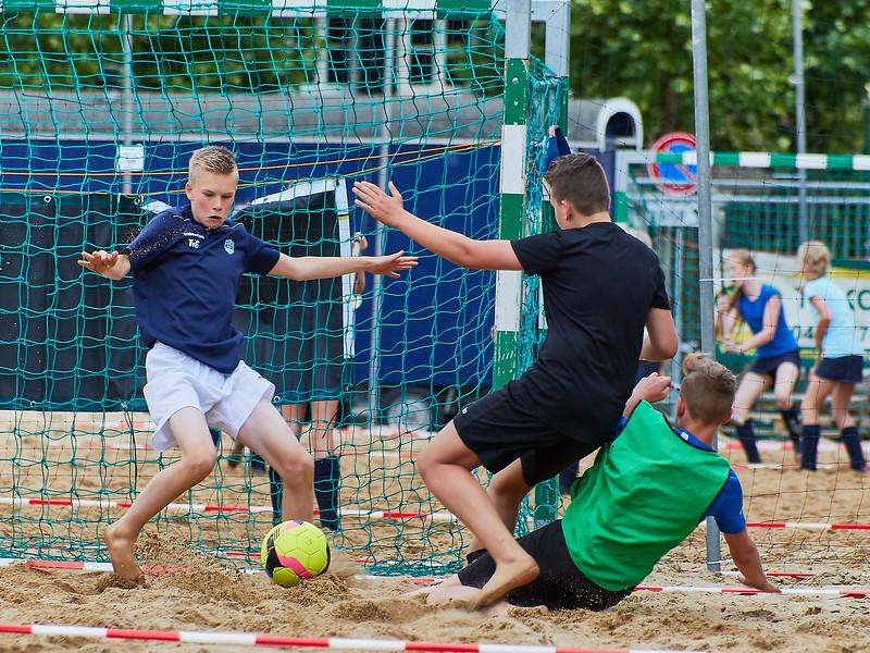 20170616 BHT 2017 Beachhockey & Beachvoetbal img 099.jpg