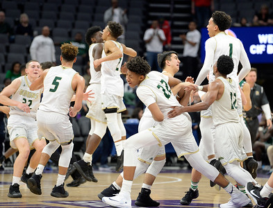 27-03-2017 St. Pat's Boys Basketball Win State Title