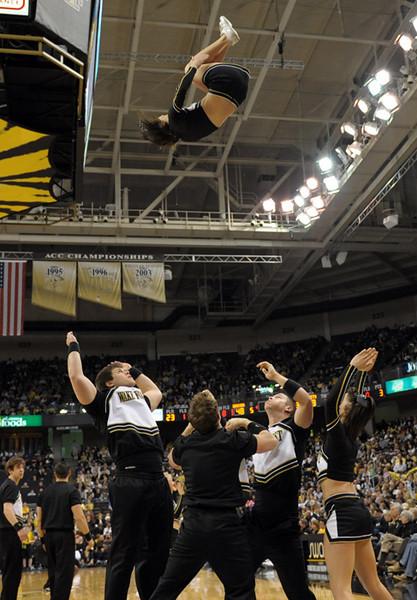 Cheerleader back flip.jpg
