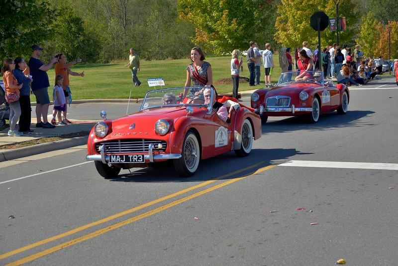 homecoming-parade-classic-cars.jpg