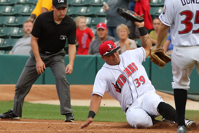 Indianapolis Indians vs Columbus Clippers (by Scott Mumphrey Photogarphy)