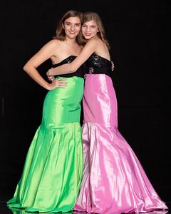 Lizzie+Kayla