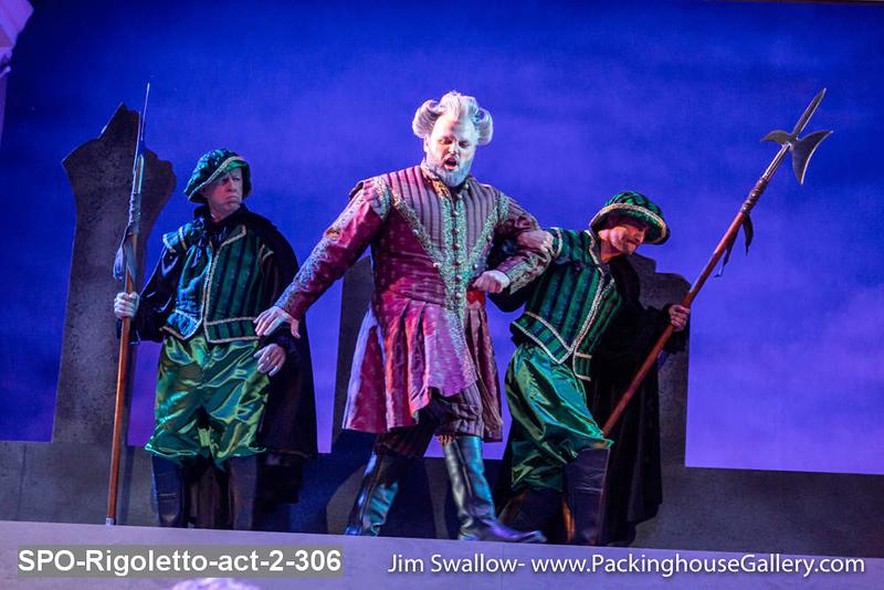 SPO-Rigoletto-act-2-306.jpg