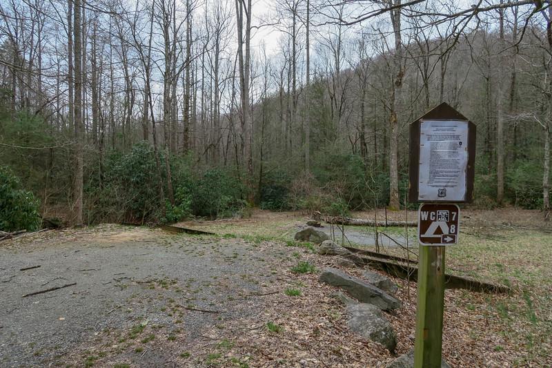 Bad Fork Trailhead @ F.R. 5000 (Wash Creek Road) -- 2,460'