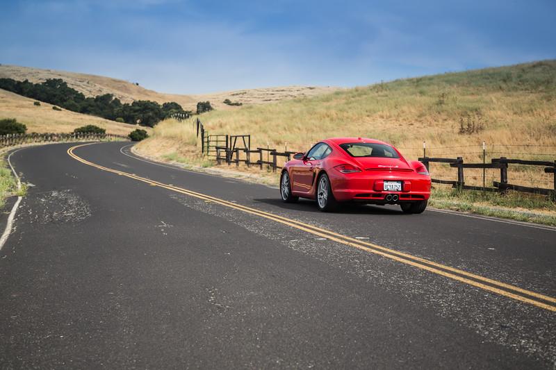 Porsche_CaymanS_Red_8CYA752-3089.jpg