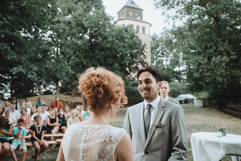 Hochzeitsfotograf-Tu-Nguyen-Destination-Wedding-Photography-Hochzeit-Eulenbis-Christine-Felipe-40.jpg
