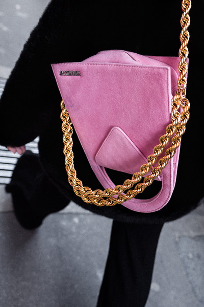 JACQUEMUS_BAG_PARIS.jpg