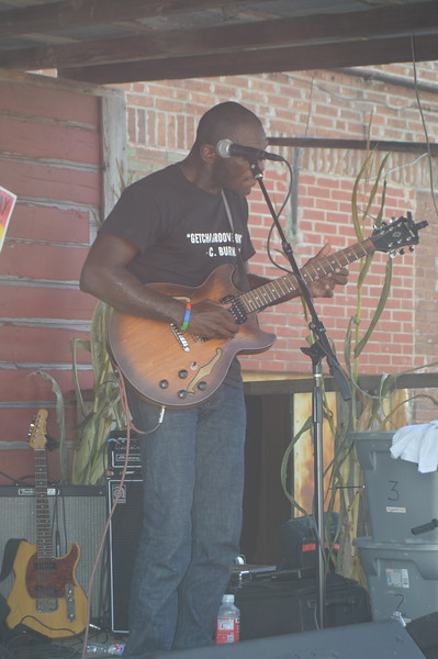 202 Cedric Burnside.jpg