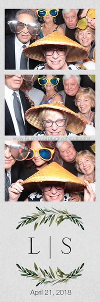 ELP0421 Lauren & Stephen wedding photobooth 52.jpg