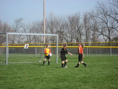 2007 Allison plays soccer
