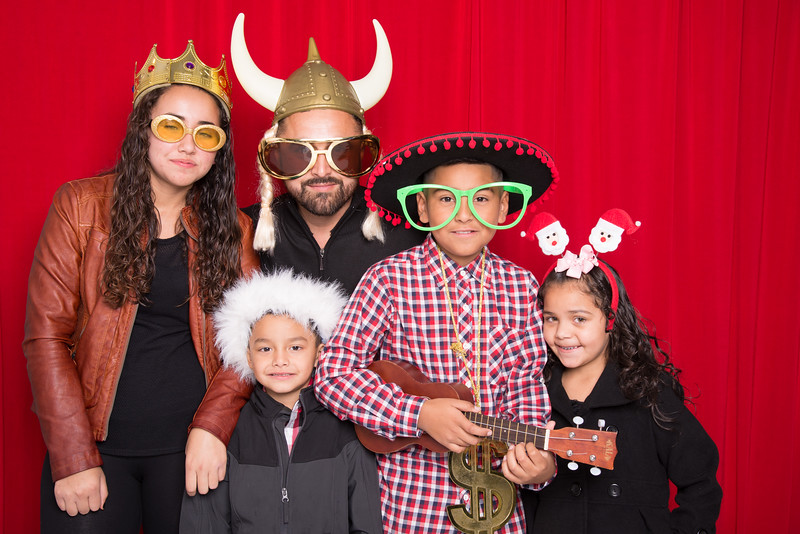 photo booth by Click Happy Productions-40.jpg