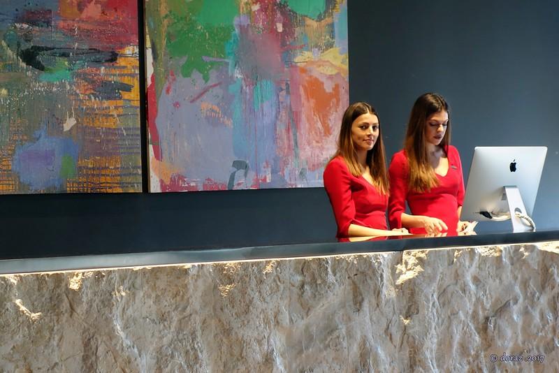 04 Podgorica, hotel CentreVille.jpg