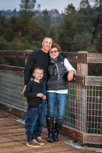 11-25 Mel's Family-242.jpg