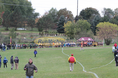 Boys Varsity Start - 2013 MHSAA D1 Region 7 Waterford