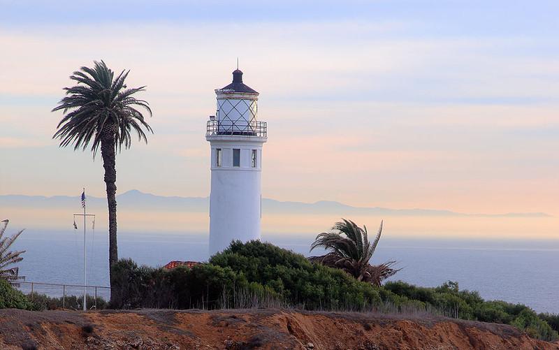 San_Vicente_Point_Light_House_5248.jpg