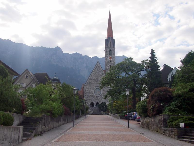 P7144686-church.JPG