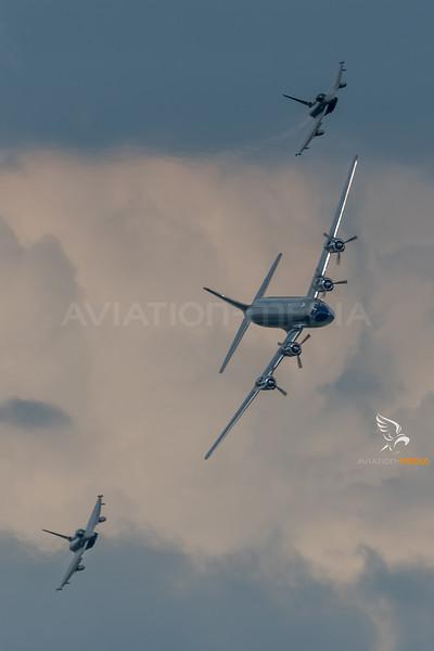 Flying Bulls & Austrian Air Force 1st Squadron / Douglas DC-6B & Eurofighter Typhoon / OE-LDM & 7L-WM & 7L-WF / Flying Bulls Livery