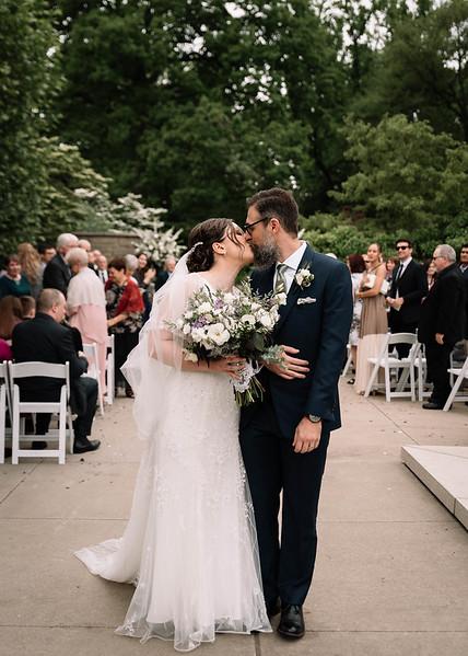 Cleveland, Ohio Wedding Photographer | Mel & Aaron's CLE Botanical Gardens Wedding