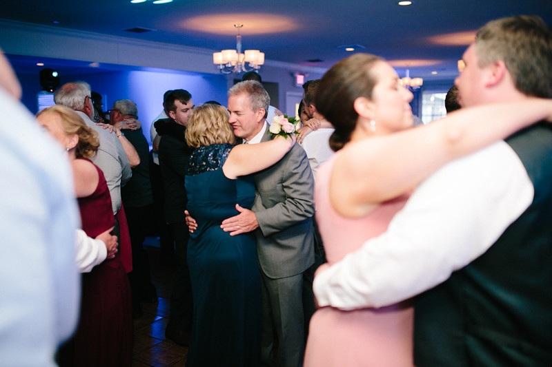 amie_and_adam_edgewood_golf_club_pa_wedding_image-1126.jpg