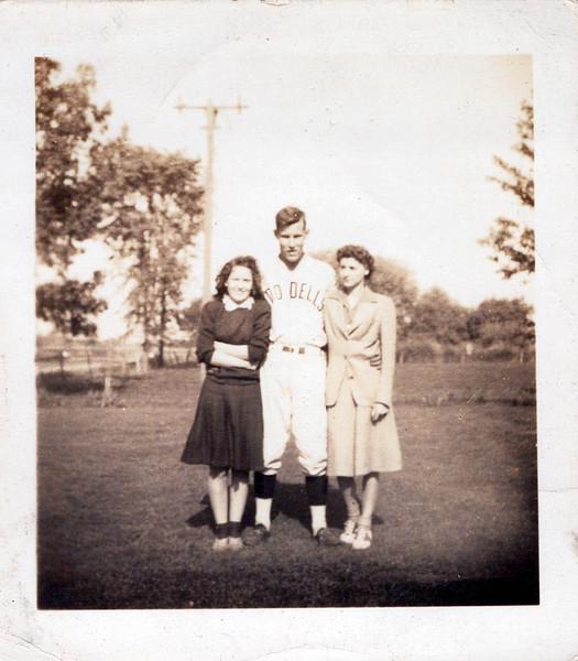 1942 Jean, Phil annd .jpeg