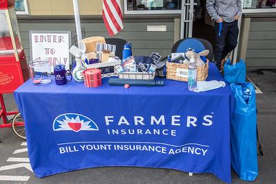 Bill Yount Farmers Insurance Ribbon Cutting