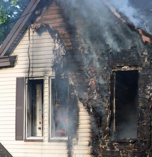 lawrence fire 6211.jpg