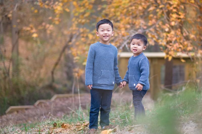 2019_11_29 Family Fall Photos-9495.jpg