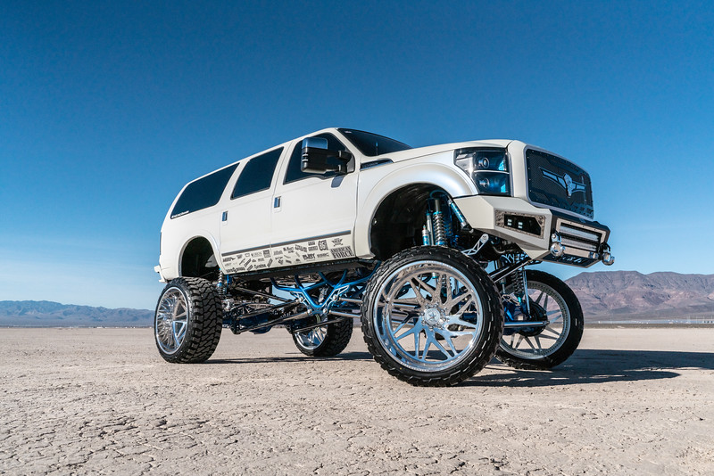 @lady_luck_excursion v.2 2016 @Ford Excursion Conversion 30x16 #GENESIS CONCAVE 42x16.5r30 @FuryOffroadTires-27.jpg