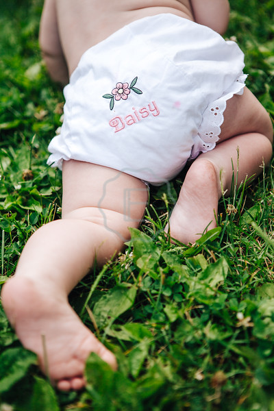 Daisy | 11 Month Mini Session