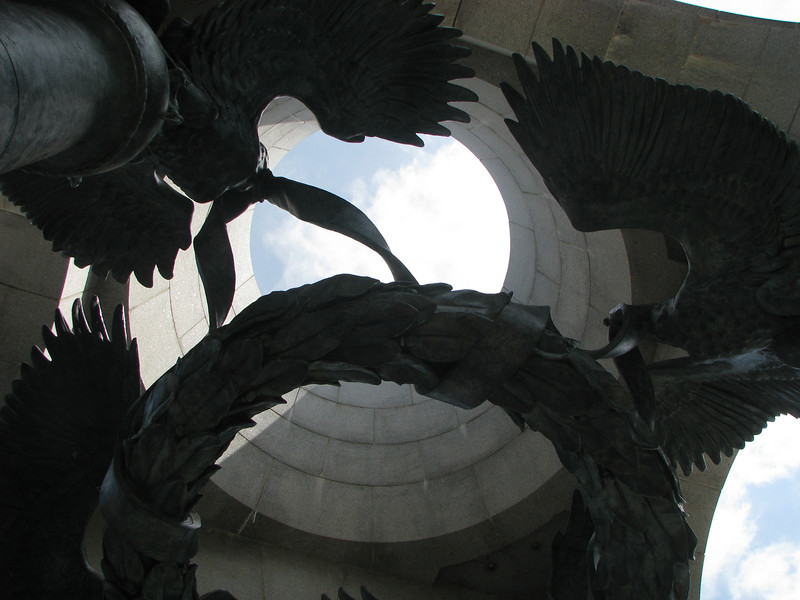Archway into the WWII memorial